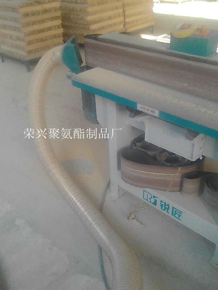 木器厂专用耐磨PU通风软管 山东荣兴聚氨酯制品厂生产