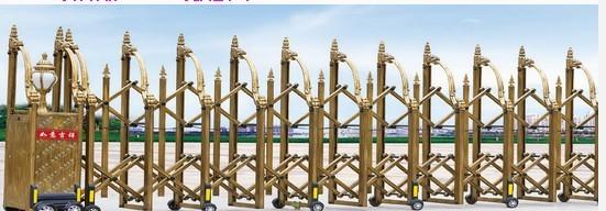 材质:铝合金不锈钢   1、加重电机底板   2、双面固话显示屏(选配、可根据你的需要更改现实内容)   3、红外线防装装置   4、磁棒开关   5、两芯耐寒线   6、无线台式控制箱(含   机头控制箱1个,台式控制箱1个,遥控器2只)   7、电机(选配、有轨电机和无轨电机   两种、客户可根据需要配备)   8、轨道(选配、有轨电机专用)   供应商:重庆停车场收费系统www.