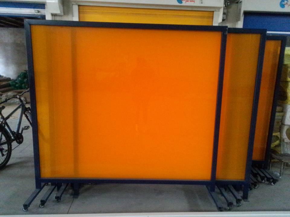 焊机设备防护设施、pvc电弧光门帘、焊接防护帘