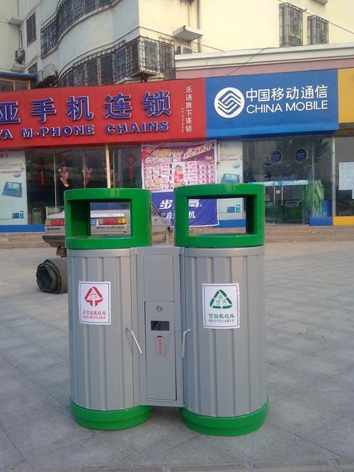 信阳广告垃圾桶厂家直销价格