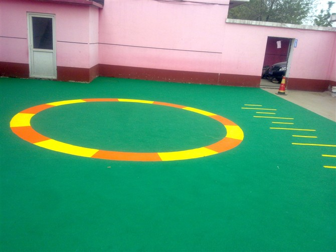 北京幼儿园地面施工,幼儿园塑胶地面,幼儿园地面图案施工