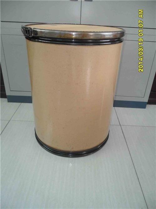 当纸桶内容物重量在50公斤左右时,五合板厚度不应小于6毫米.