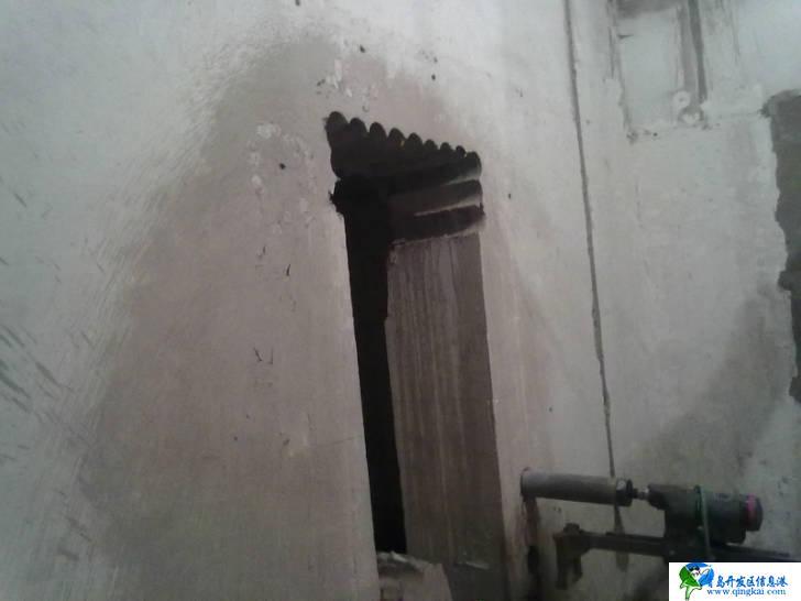 主要从事房屋改造加固 别墅改造加固 楼板开洞加固承重墙开门加固 梁柱加固 碳纤维加固 植筋加固 粘钢加固 包钢加固 裂缝修补加固 注浆加固等。 (1)植筋加固技术:梁,柱加大断面植筋,柱加牛腿,水平植筋。墙体加厚拉结植筋。结构加层柱头拉结钢筋。梁体接长水平植筋。梁,板悬挑水平植筋,梁上加柱,垂直植筋。 (2)粘钢加固技术 : 粘钢加固是现在运用较为广泛、成熟的一种加固方法,已有相应的规范。 (3)碳纤维加固技术: 粘碳纤维加固是将高强碳纤维织物,