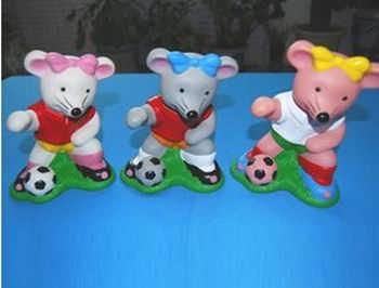 广东塑料玩偶生产商