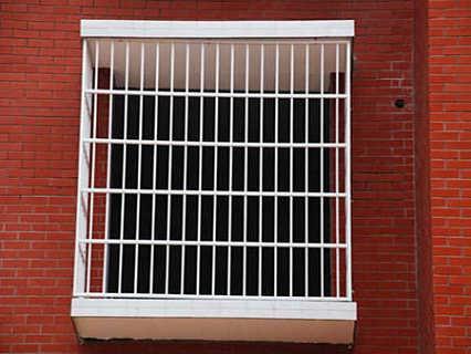 北京不锈钢窗户护栏制作-钱眼产品