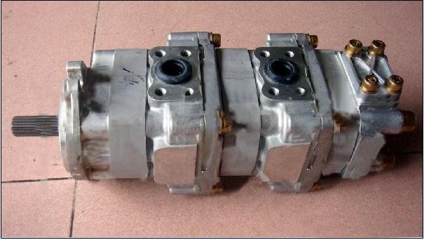 小松pc50-2液压泵图片