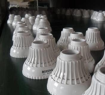 厦门灯具印刷、节能灯头印刷、LED灯头移印-厦门天之虎丝印工贸有限公司