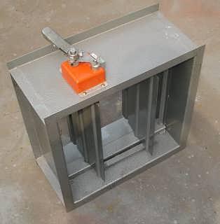 """防火阀安装在排烟系统与通风空调系统兼用的风机入口处,平时处于""""常图片"""