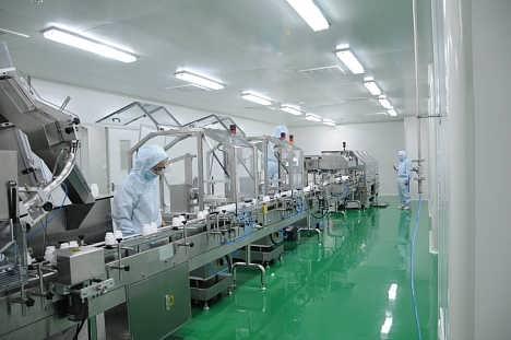 医药工业洁净厂房设计,建造及维护保养; ●n9级~n5级微电子无尘车间