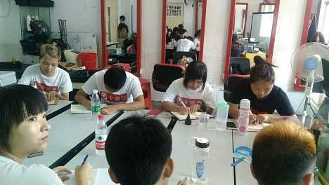 A级美发培训,布吉卡德兰培训学校-深圳市卡德兰职业技能培训学校