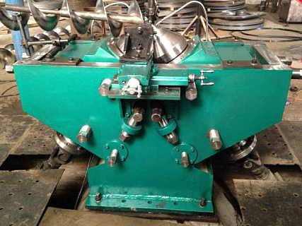 机械式绞龙叶片冷轧机图片