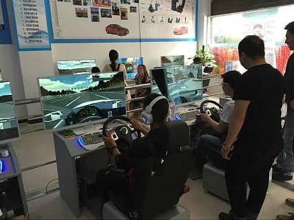 县城加盟什么店好驾吧模拟器多少钱一台