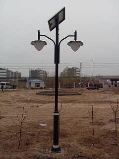 太阳能路灯  山西6米太阳能路灯安装竖杆