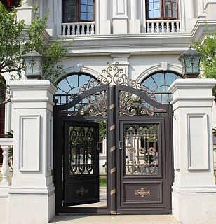 无锡铝艺护栏定制,无锡铝艺别墅大门订做,无锡欧式美式铝艺围栏安装图片