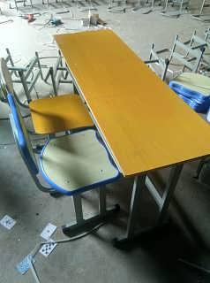 合肥批发学校钢制课桌椅厂家13365606995直销培训班课桌椅
