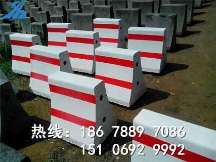 朋友推荐隆尧水泥墩厂家18678897086价格低