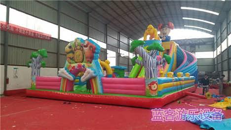 江苏南京家用充气城堡娱乐设备-郑州蓝客游乐设备有限责任公司