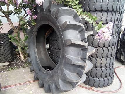供应 水田高花稻田轮胎 农用拖拉机轮胎 16.9-34-潍坊市金鹏达橡胶制品有限公司销售部