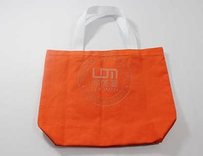 长沙订制帆布手提袋长沙帆布手提袋制造生产厂-长沙利德曼环保袋制品有限公司生产部