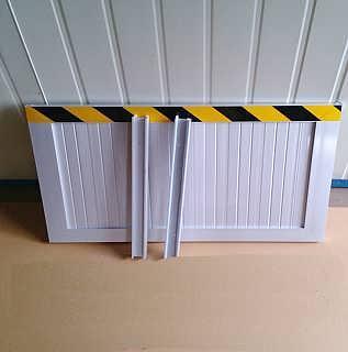 四川成都国标规格反光条铝合金挡鼠板厂家直供-河北思悌电力科技有限公司销售2部
