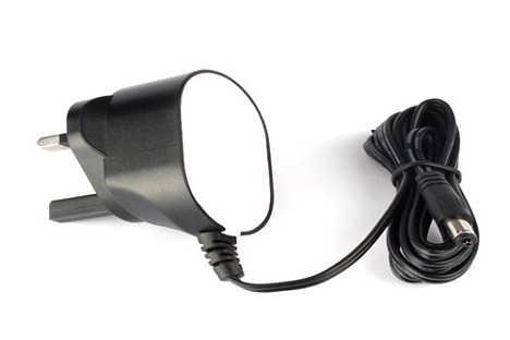 英规足5V1000ma插墙式电源适配器