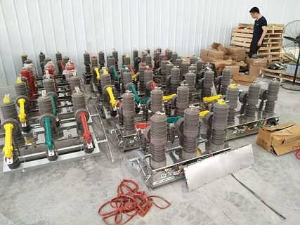 滨州ZW32-12户外带隔离真空断路器不锈钢壳体