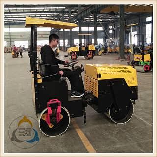 获得市场认可的座驾式压路机双钢轮压路机厂家