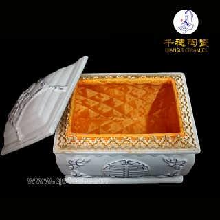 骨灰盒材质有什么讲究 陶瓷骨灰盒批发 售价 图片