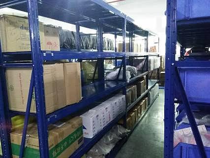 广东货架定制(组合货架和烧焊货架的对比)广东货架定制