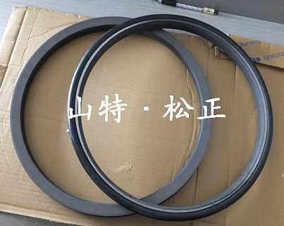 小松PC200-8浮动油封