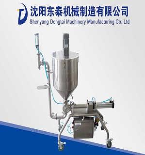 济南供应小型液体自动灌装机 防冻液不滴漏