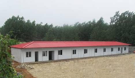 河北邯郸低价焊接式防风彩钢活动房