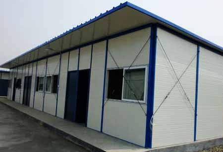 内蒙古赤峰抗风钢结构活动房