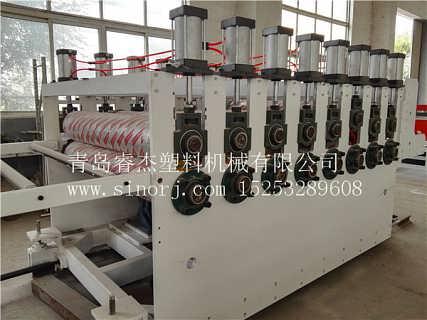 wpc地板生产线WPC地板设备-青岛睿杰塑料机械有限公司