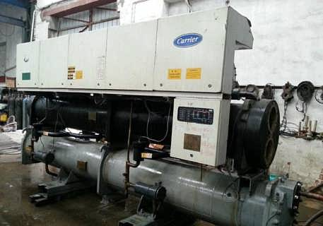 求购专业回收中央空调机组,二手工业冷冻机回收