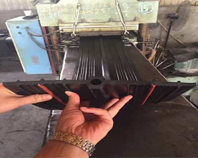 桥型橡胶止水带厂家-预埋橡胶止水带装设要点