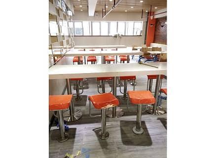 最低价餐厅桌椅,最便宜的快餐桌椅供应厂家!