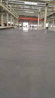 天津物流中心收工的金刚砂地面让大家喜上眉梢-山东固霸地坪工程有限公司销售