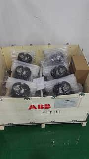 MOE725 I/O板 甩卖abb