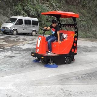 石家庄驾驶式扫地机TJJB-1500价格