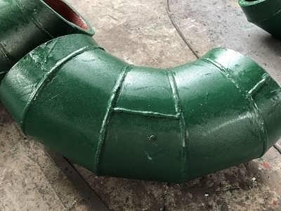 江西耐磨管道 高硌合金耐磨弯头 背包式耐磨弯头-江苏江河机械制造有限公司