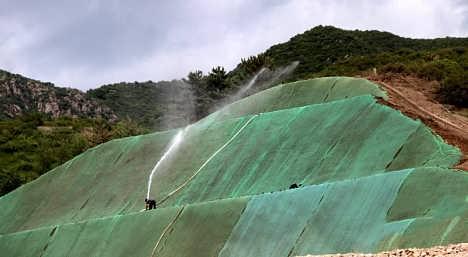客土喷播施工方案 边坡绿化工程施工河南景绣-河南景绣绘远生态科技有限公司