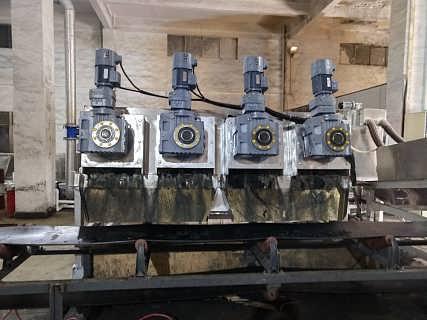 优质污水处理设备叠片污泥脱水机车载叠螺机污泥处理机压滤机-德州洁盛环保科技有限公司