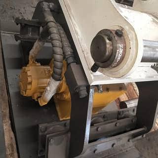 厂家特价  住友240挖机液压震动夯夯实器平板夯打夯机