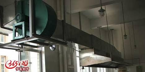 朝阳区亮马桥大厦排烟管道清洗,大型风柜维修,烟道改造
