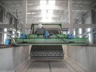 槽式发酵有机肥翻抛机-郑州程翔重工机械有限责任公司