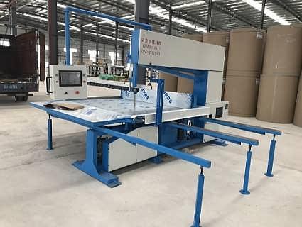 蜂窝纸板直切机-东莞市贝荣机械科技有限公司