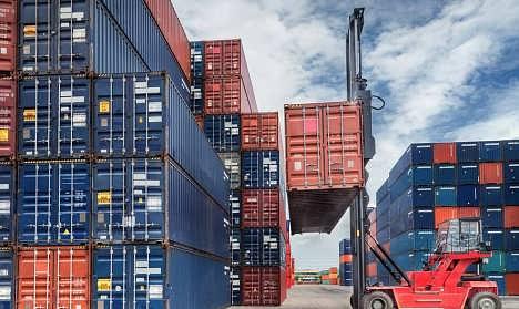 进口国外二手收割机海关手续如何办理,旧农机设备进口关税费用