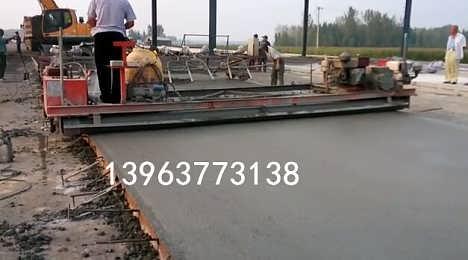 活动热卖的滚筒整平机 桥面震动梁价格