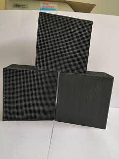 惠州卖蜂窝活性炭2mm孔径吸附效果高碘值活性炭厂家经销商